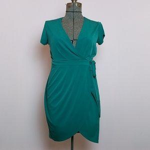 BANANA REPUBLIC Green Wrap Dress